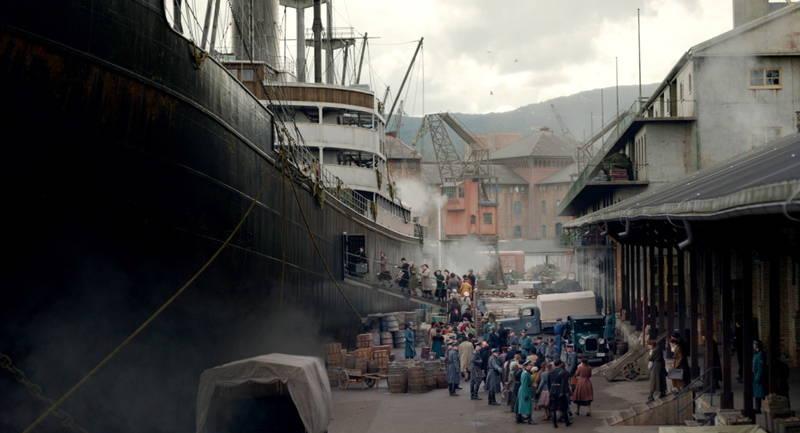 強制連行された女性や子供 待っているのはアウシュヴィッツ行きの船 「ホロコーストの罪人」本編映像