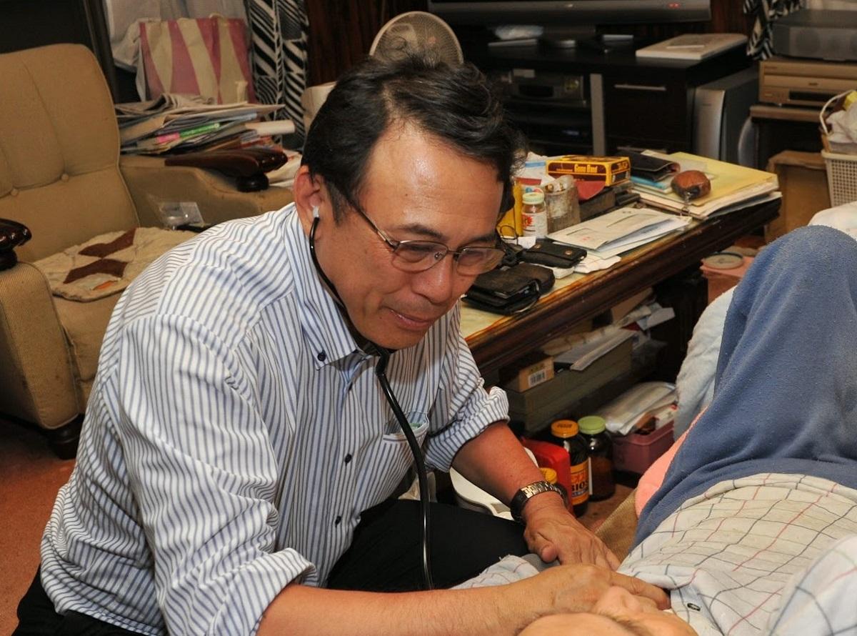 2500人を看取った在宅医・長尾和宏の明と暗を映し出す 「けったいな町医者」予告編公開