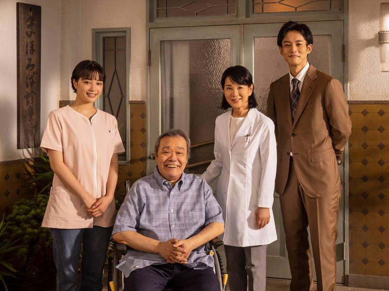 米倉涼子「改めて生の尊さを感じた」 浜口京子、西川史子からも 「いのちの停車場」鑑賞コメント