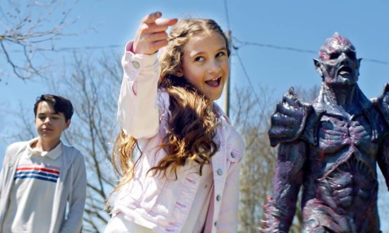 日本語を話す宇宙怪人も登場 残虐宇宙人と地球の少女の遭遇描く 「サイコ・ゴアマン」予告編
